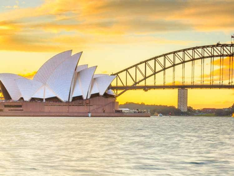 Australia, Sydney, Sydney Harbor Bridge, Opera House and Harbor bridge at sunset