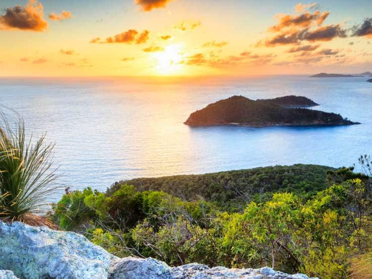 Australia, Queensland, Hamilton Island, Panoramic viewpoint at sunrise
