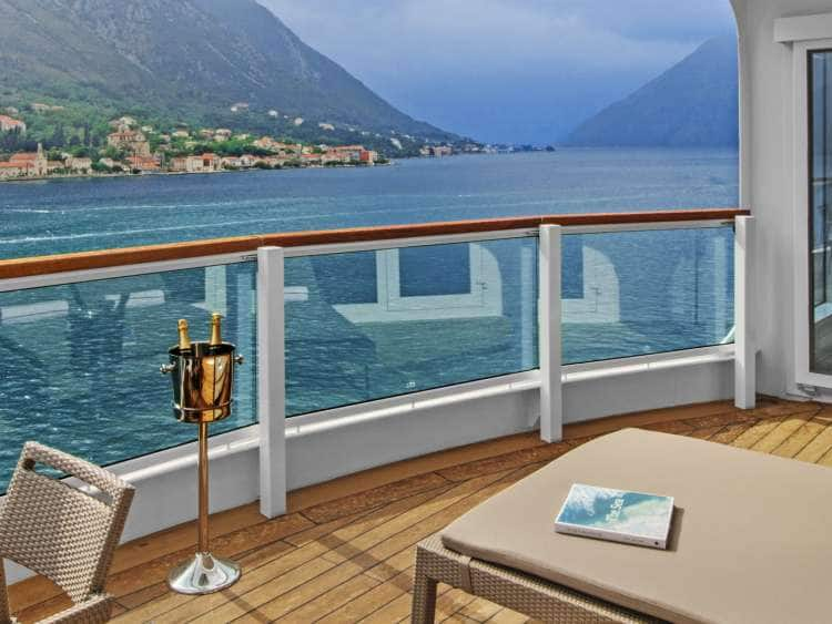 Veranda and Glass-enclosed solarium with daybed and tub in Wintergarden Suite on board Seabourn Encore and Seabourn Ovation