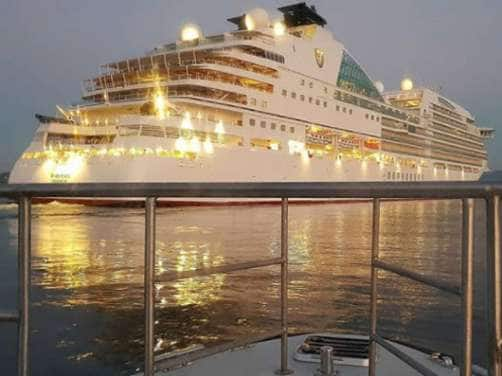 Seabourn Ovation in Toulon, France